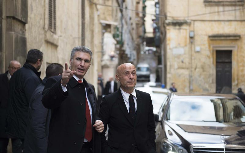 La Valletta, il ministro dell'Interno Marco Minniti e il collega maltese Carmelo Abela (foto di: DOI - Jason Borg su licenza CC-BY-NC-SA 3.0 IT)